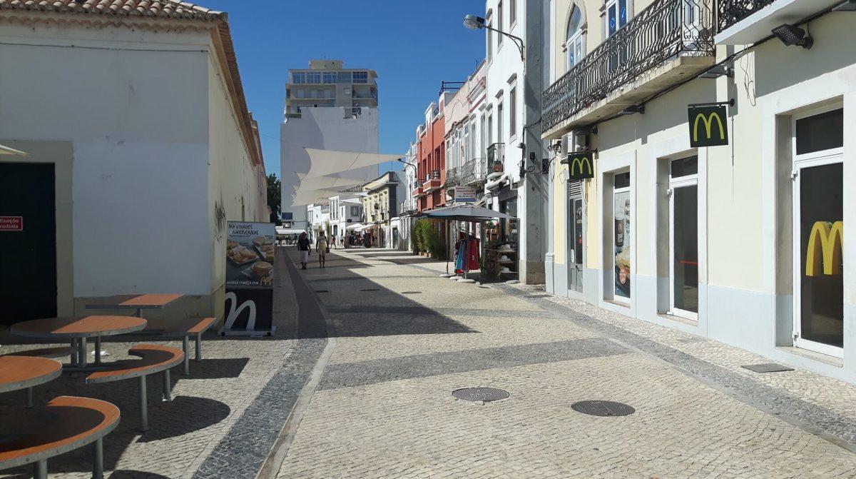 Arruamento calçada à portuguesa