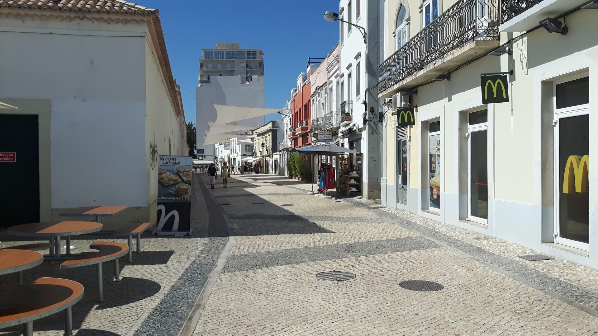 Calçadas na baixa de Faro, Avenida da República