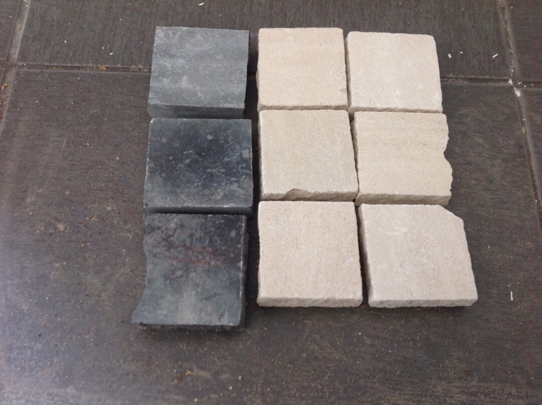 pedra de calçada branca e preta serrada com 2cm